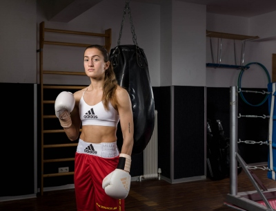 female-boxer-pose